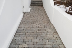 Three Size Cobble Combination Installed Walkway